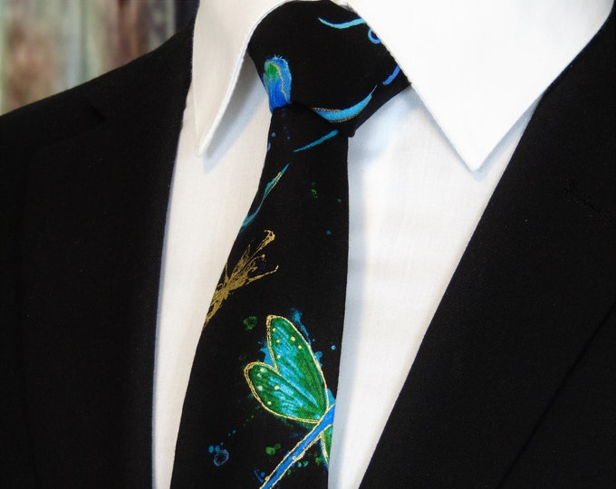 Dragonfly Tie – Mens Necktie with Dragonflies