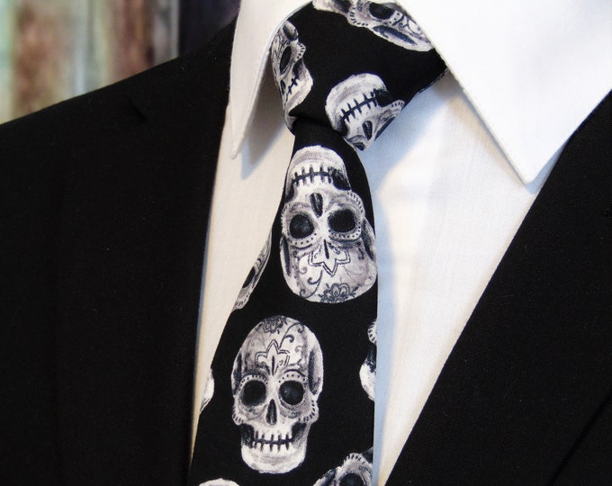 White and Black Skull Tie – Mens Halloween Sugar Skull Necktie.