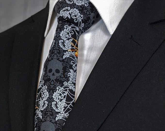 Halloween Necktie – Black Skull Tie, Goth Necktie for the big Halloween Party.