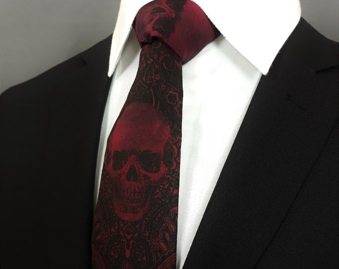 Red Gothic Skull Tie – Skulls