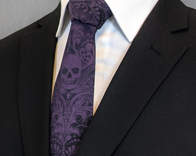 Purple Skull Neck Tie – Skull Tie Purple, Please read item description..