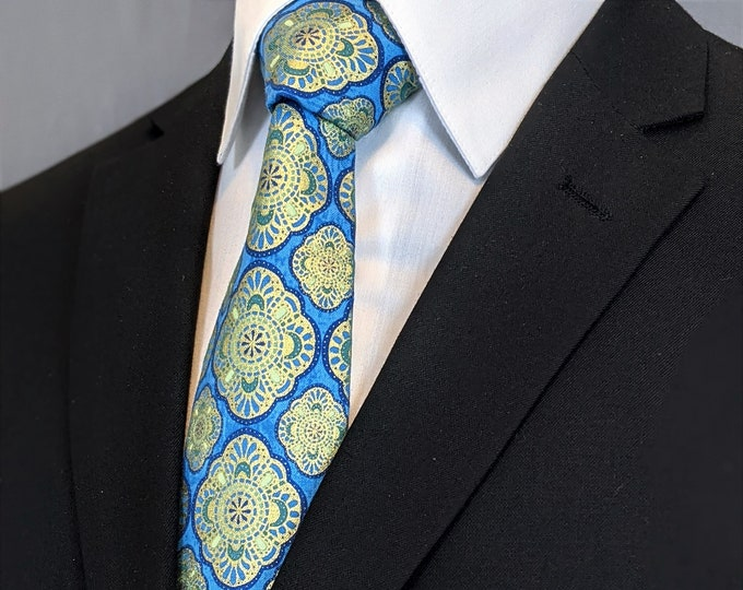 Weddings Neckties – Mens Blue and Gold Wedding Tie. Also Available as a Skinny Tie and a Extra Long Tie.