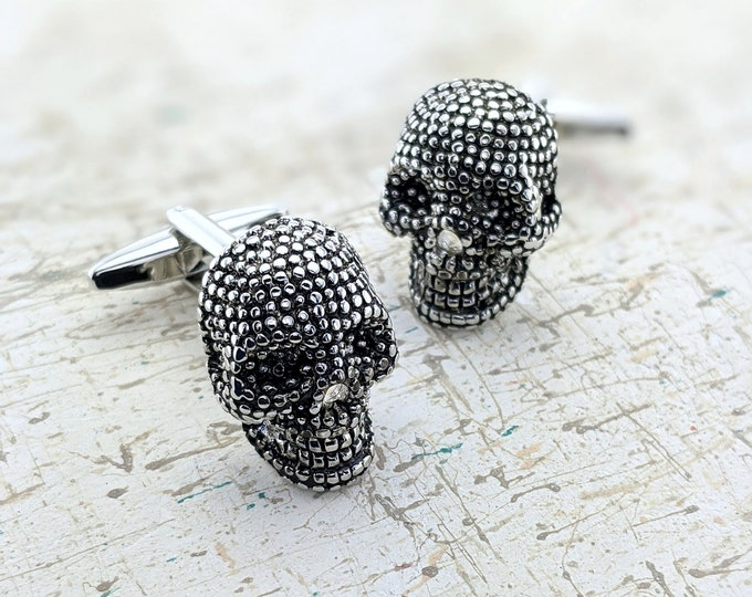 Skull Cuff links – Mens  CuffLinks with Skulls.