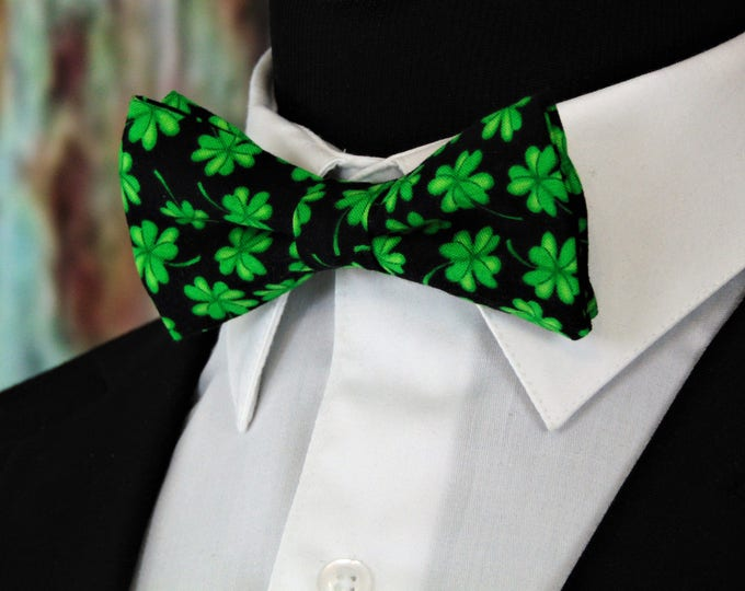 Saint Patricks Day Bow Tie – Mens Pre Tied St Patricks Day Bowtie. Available as a Boys Bow Tie and a Extra Long Bow Tie.