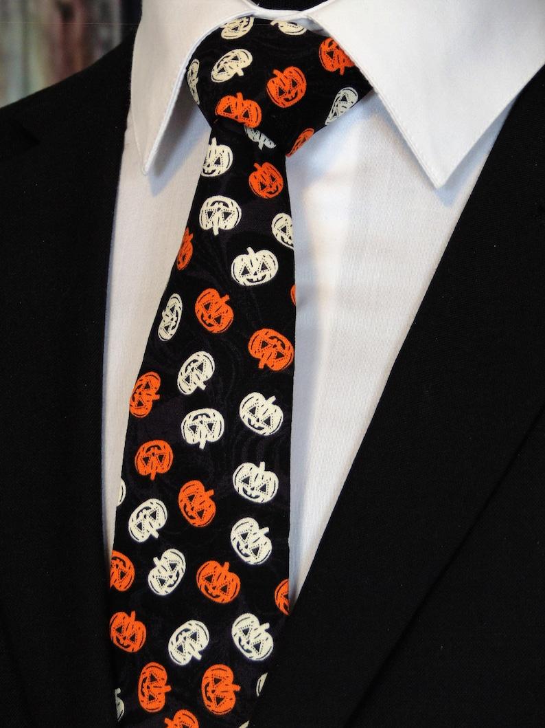 d2da926aa763 Halloween Neck Tie Mens Halloween Necktie with Pumpkins   Etsy