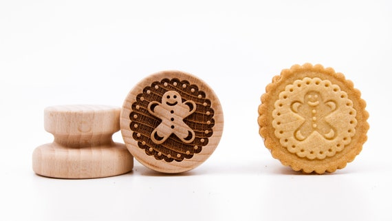 """No. 023 Wooden stamp deeply engraved """"Gingerbread Man 2"""""""