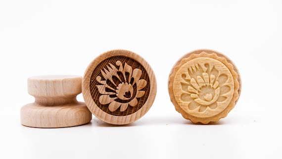 No. 050 Wooden stamp deeply engraved Folk Flowers, Christmas gift, Wooden Toys, Stamp, Baking Gift, Folk,