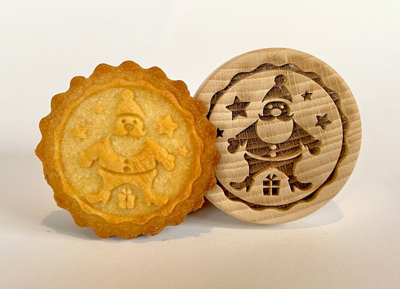 "No. 036 Wooden stamp deeply engraved ""Santa Claus"""