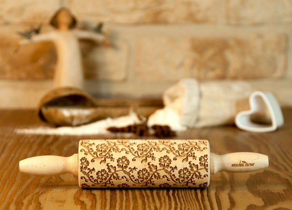 English tea flowers pattern, VINTAGE Rolling Pin, MIDI SIZE, Engraved Rolling Pin, Embossed Pin Rolling, Wooden Rolling pin