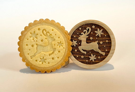 "No. 021 Wooden stamp deeply engraved ""Reindeer"""