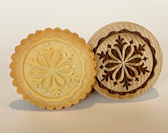 """No. 018 Wooden stamp deeply engraved """"Snowflake"""""""