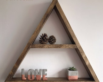 X large triangle shelf, triangle shelf, display shelf, etagère triangle, trialgle wall shelf, floating triangle shelf, genome, geometric she