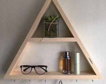 Triangle shelf, jewelery shelf, hanging shelf, hanging jewelery shelf, triangle wall shelf, wall storage shelf, wall shelf, shelves, boho