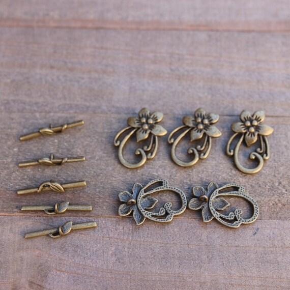 5 Toggle Clasp Sets Antique Copper Tone Flower Design BC900