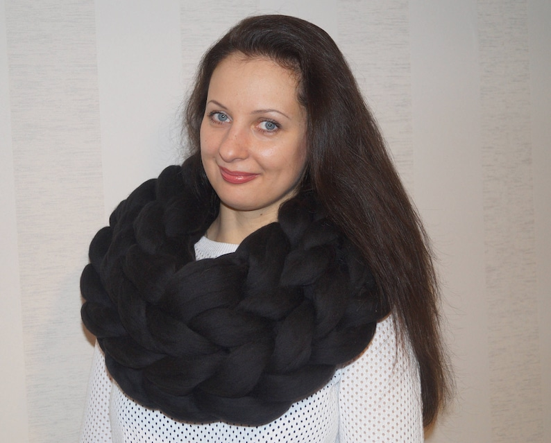 5d8c12c39ca MAX SALE! Super Chunky Infinity Scarf. Oversized Scarf. Oversized Knit  Cowl. Wool Scarf. Black scarf. Chunky knit scarf. Super Chunky Snood