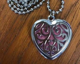 Aromatherapy Lockets and Essence Pads - Heart Swirl design