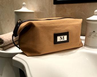 Personalized Bag for Men, Custom Engraved Toiletry Bag for Travelers, Christmas Gift