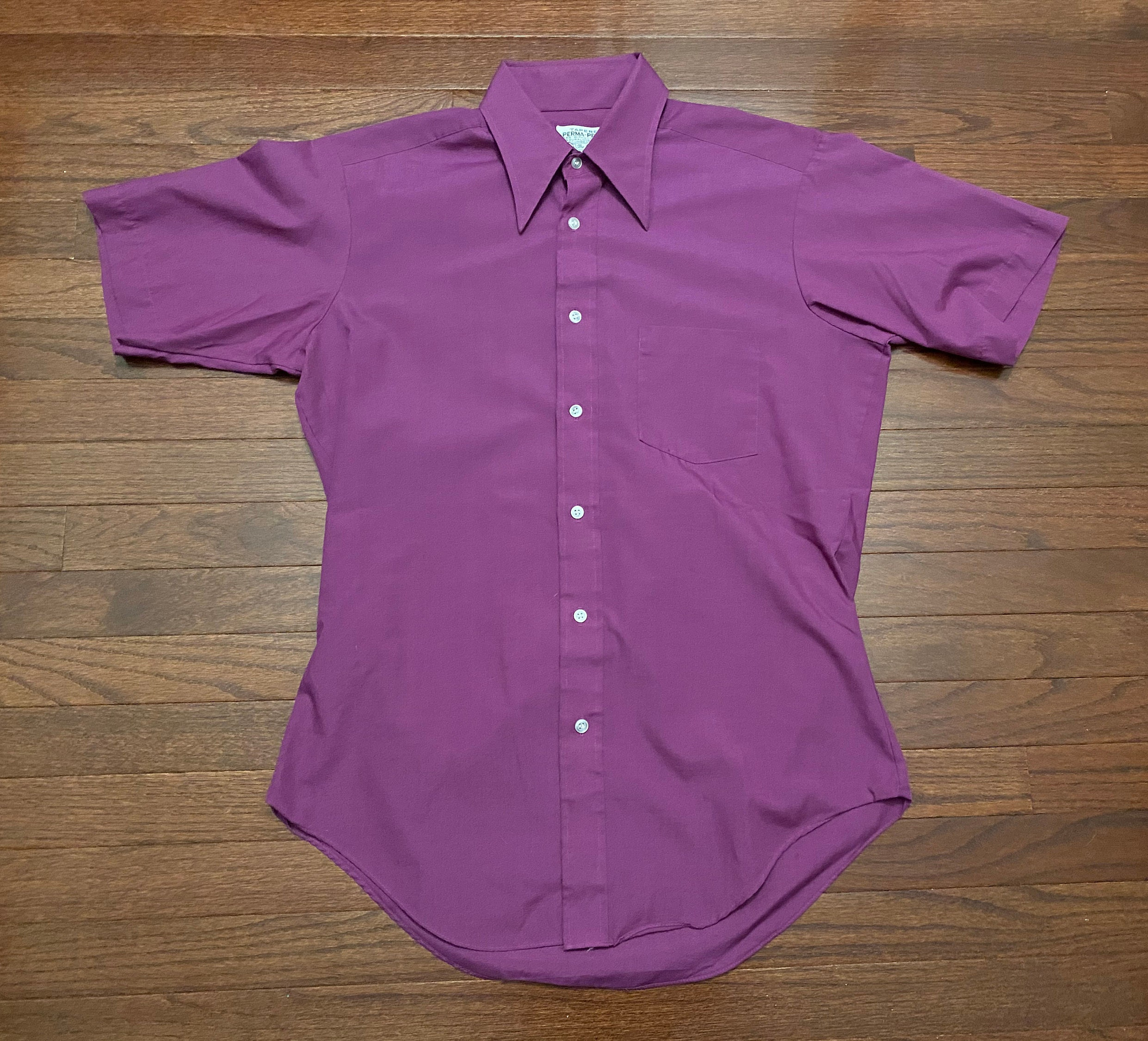 1970s Mens Shirt Styles – Vintage 70s Shirts for Guys xl Vintage Sears The Mens Store Button Up SS Shirt Tapered Perma Prest Purple 1970s 70s 80s 1980s $0.00 AT vintagedancer.com