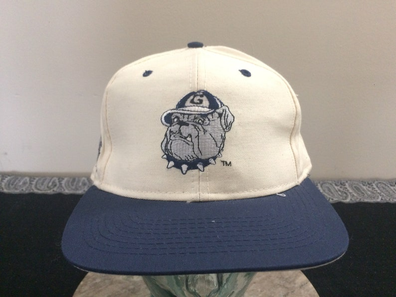 811c09429bbff Georgetown Hoyas fitted baseball cap size 7 3 8 white blue