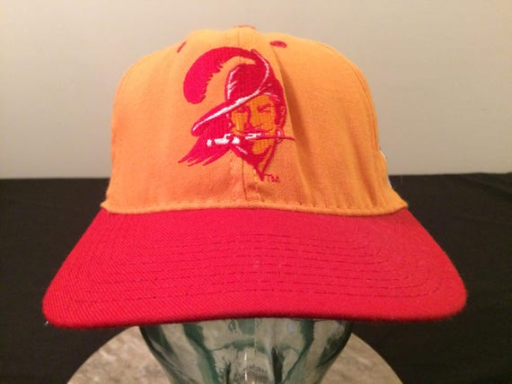 471c7a3f56d 1990 s Tampa Bay Buccaneers vintage fitted baseball size 7