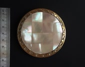 Vintage Compact - Mother of Pearl