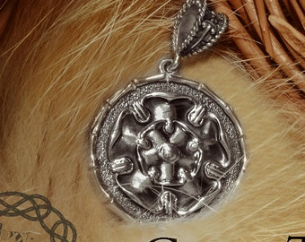 House Tyrell Pendant Game of Thrones Jewelry Sterling Silver Necklace Game of Thrones Tyrell  House Amulet Growing Strong