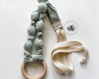 Seafoam | Fall Collection 21 | Solid Color Fabric Necklace | Statement Jewelry or Nursing + Breastfeeding | Organic Wood | Fabric Neckwear