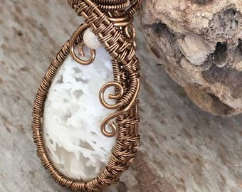 White agate and antique brass necklace