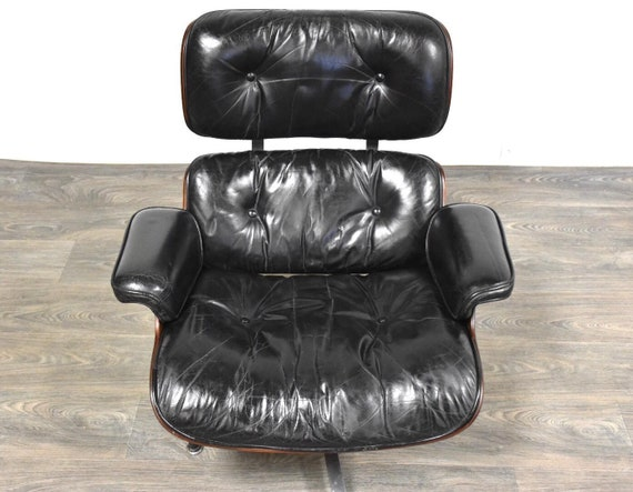 Astounding Original Herman Miller Eames Rosewood Lounge Chair Ottoman Dailytribune Chair Design For Home Dailytribuneorg