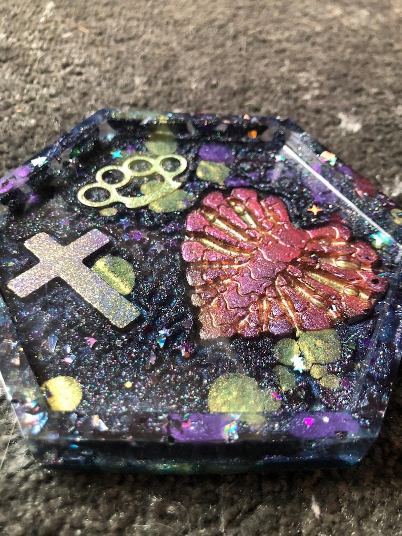 Cup has jewels or keys in resin galaxy bones kawa\u00ef heart creepy