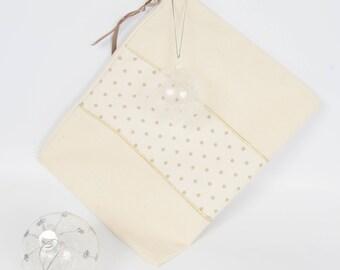 Edna bi-material clean beige pouch