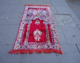 Prayer rug ,prayer mat made of velvet material,37'' x 20'' inches