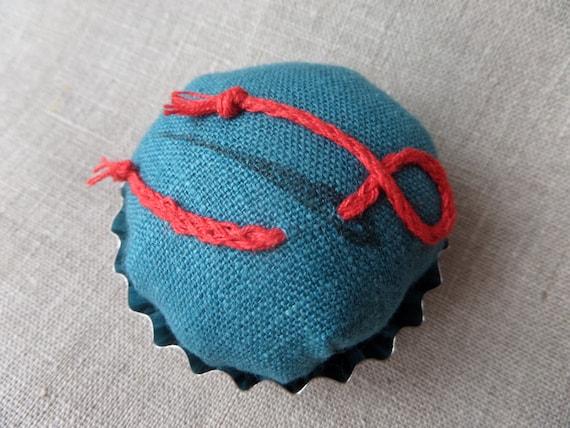 Free Shipping Pin Cushion Pincushion Cupcake Pincushion Etsy