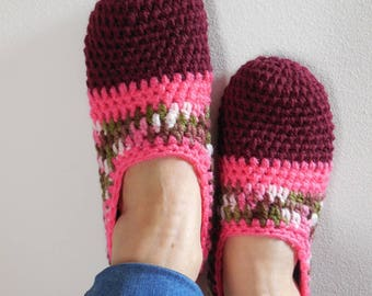 """Slippers crocheted collection """"Polka""""."""