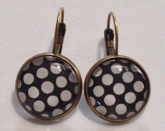 Fancy polka-dot stud earring - large - black and white polka-dots earrings