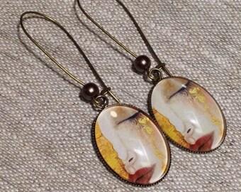 Earrings cabochon earrings - large Stud Earrings - Klimt - painting - woman crying