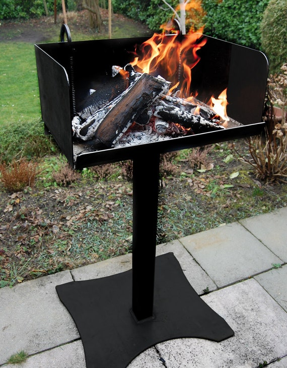 bbq feuer grill f r das grillen mit holz firewood grill etsy. Black Bedroom Furniture Sets. Home Design Ideas
