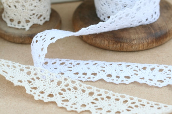 1m Vintage style Cotton crochet lace trim white Ribbon Sewing Crafts flower NEW