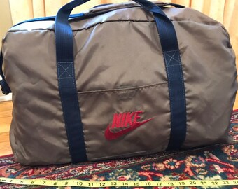 Vintage Nike Duffel bag large brown and navy with red logo 7e753f6be0