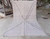 Handmade flatweave Hanbel Beni Ourain Rug