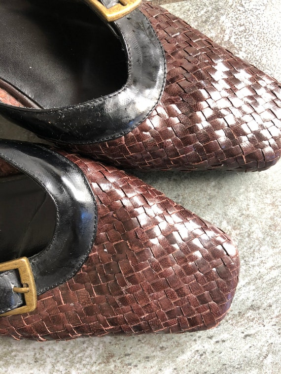 Stunning 1990S BRown/BLack 39 LEather WOven MUles… - image 9