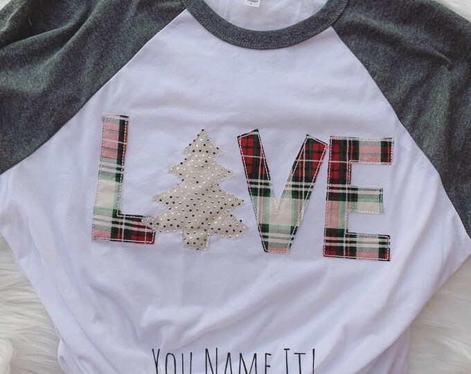 LOVE Christmas Tee