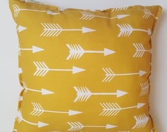 Pillow - arrows