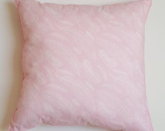 Pillow - pink feathers