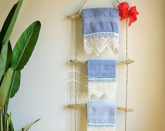 Scaletta In Legno Per Bagno : Porta asciugamani bagno legno di mare scala bagno arredamento etsy