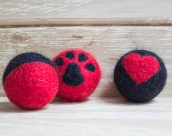 Cat Toy.Cat felt toy balls,set of 3 wet felted wool cat paw balls,cat toys from felt,kitten playing item, cat lover gift, black and red wool