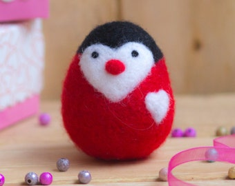 Valentine's Day Gift Penguin Red Love Unigue Gift Felt Animal Soft Sculpture Gift for Him for Her Heart Needle Felted Toys Organic Wool Toys