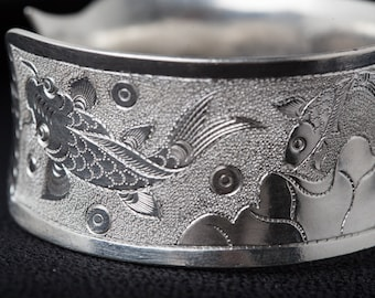 Fine pure silver hand-forged silver bangle - thick 77g solid pure silver - fish and lotus flower - traditional Chinese handmade piece