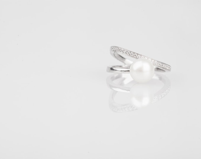 Pearl with crystal - fresh water pearl - sterling silver - modern style