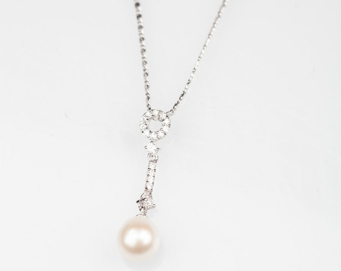 Pearl Silver Necklace-Pearl Pendant-Silver Necklace-Fresh Water Pearl-Chritmasgift-Gift for her